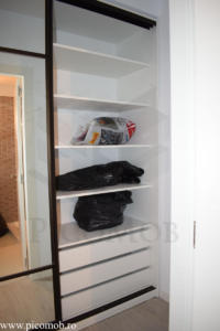 Mobila dressing dormitor PicoMob usi glisante cu oglinda a door hafele haine impachetate sertare lenjerie