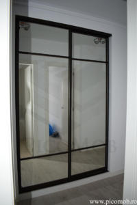 Mobila dulap usi glisante cu oglinda hol intrare PicoMob a door hafele