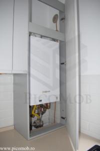 Mobilier bucatarie open space PicoMob fronturi MDF vopsit frezare maner incorporare legala centrala termica